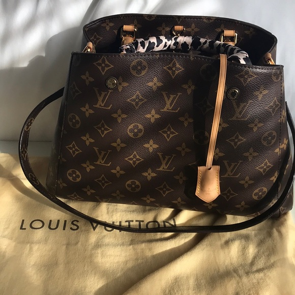 Louis Vuitton Handbags - Louis Vuitton Montaigne MM c4c1f3b183a48